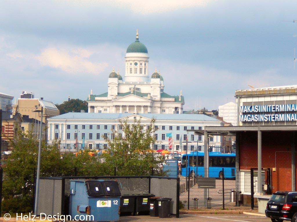 Tuomiokirkko und Kaupungintalo – einfach grandios diese Kombi