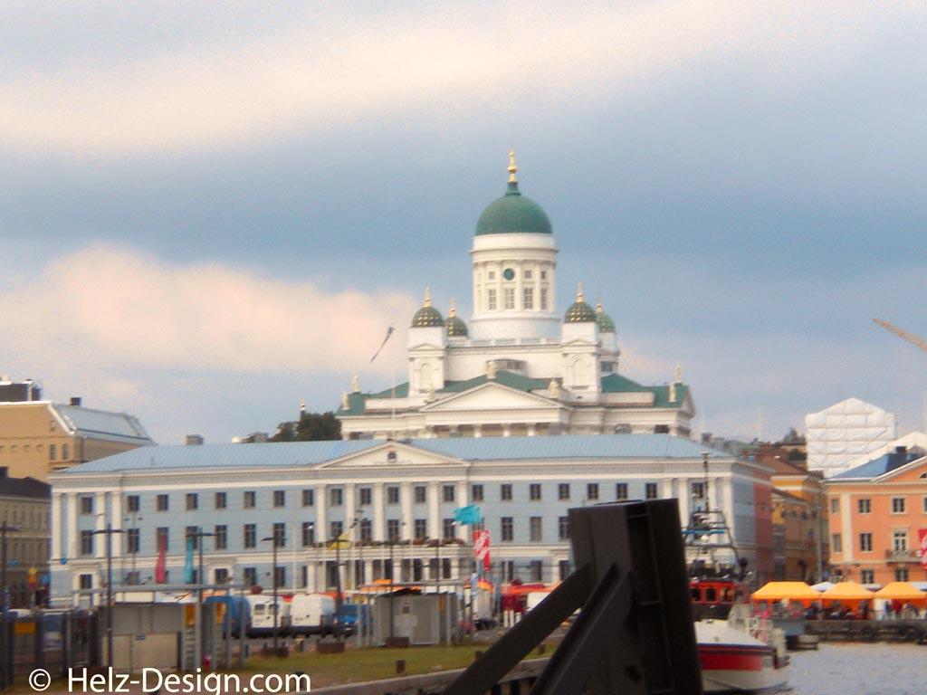 Tuomiokirkko und Kaupungintalo