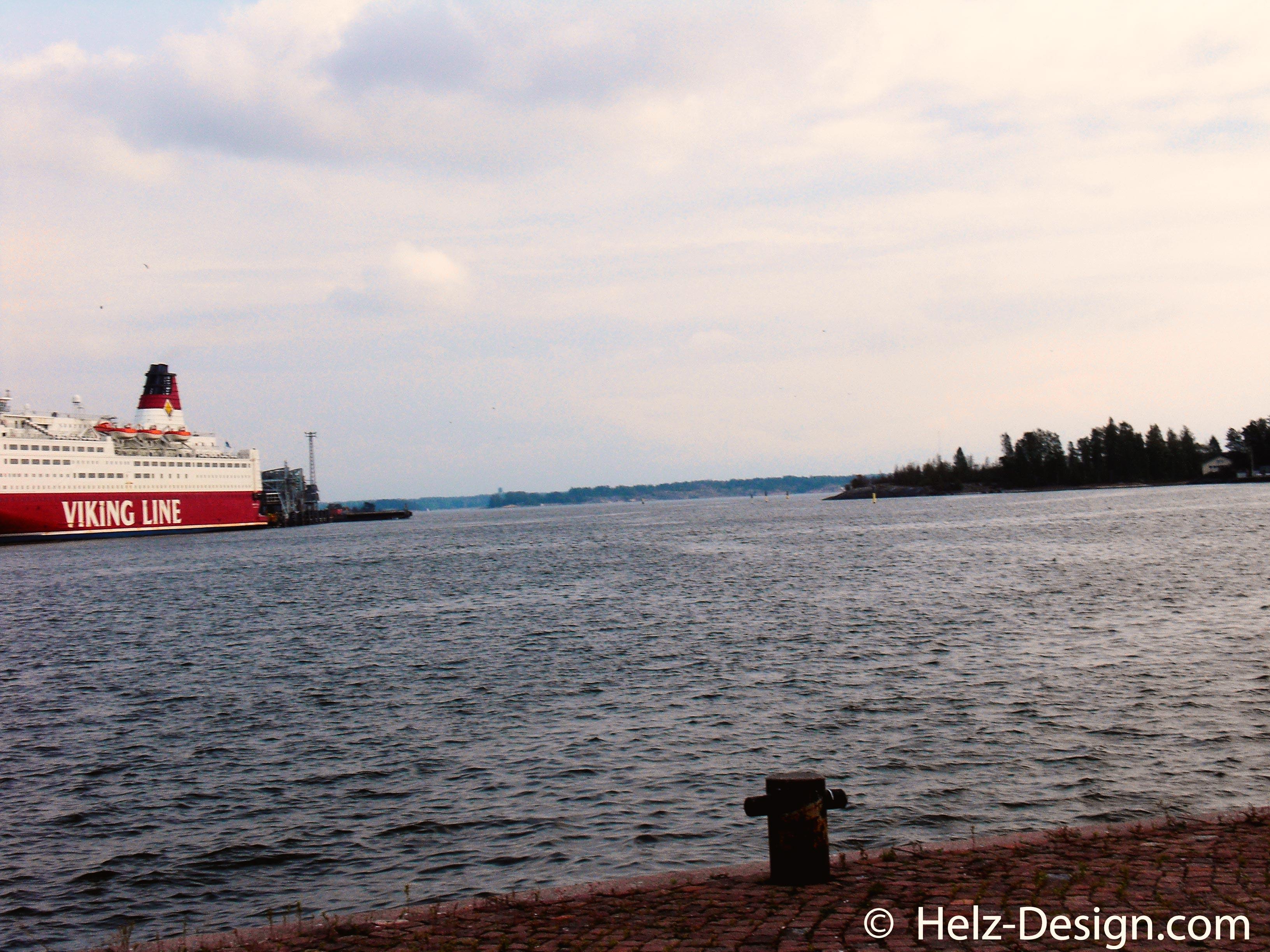 Fähre und Valkosaari