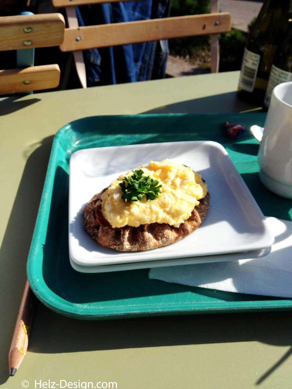 cafe-ursula-karaljan-piirakkaIMG_0741