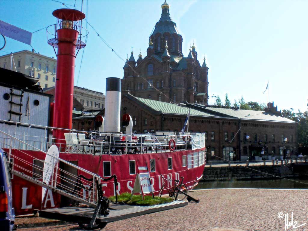 Pohjoisranta mit Blick zur Uspenski Katedraali
