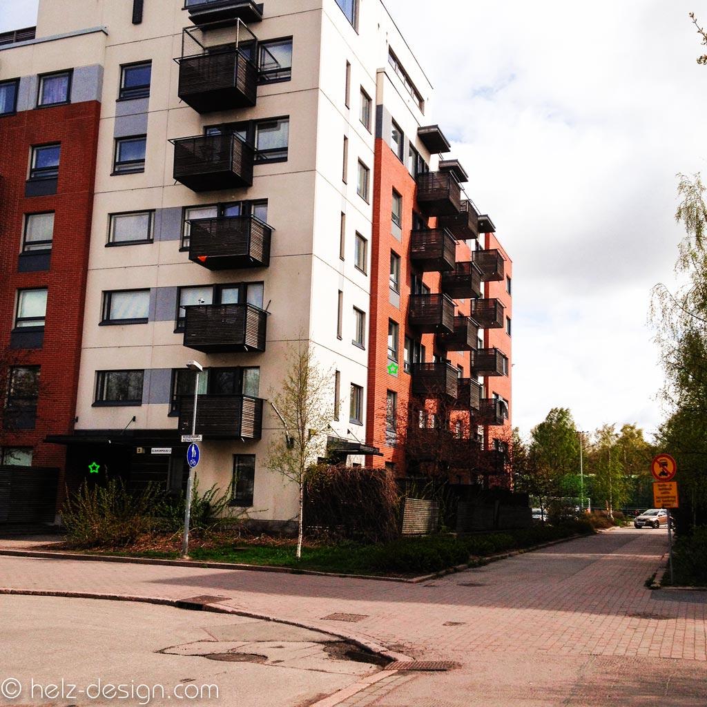 Unser Haus – grünes Sternchen Eingang und oben im 2. Stock mein Zimmer, in Finnland ist das die 3. Etage –3. Kerros