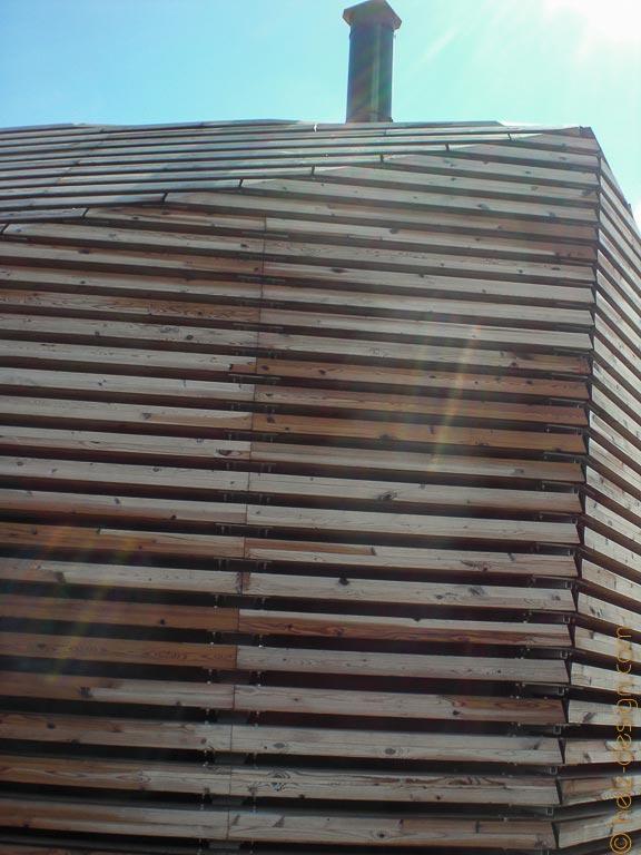 Holzverkleidung Löyly –oben der Schornstein der Sauna
