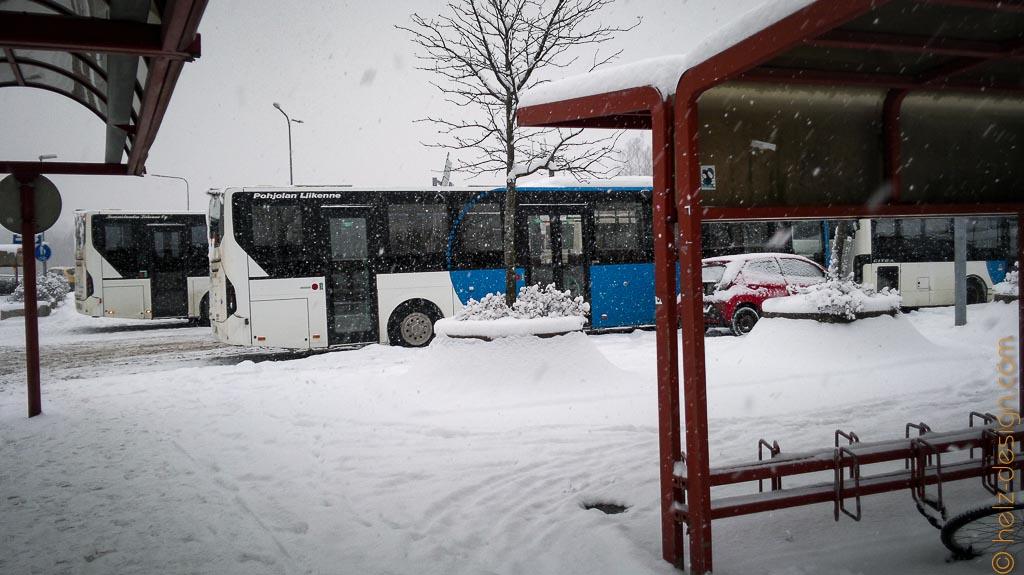 Hier irgendwo hält der Bus