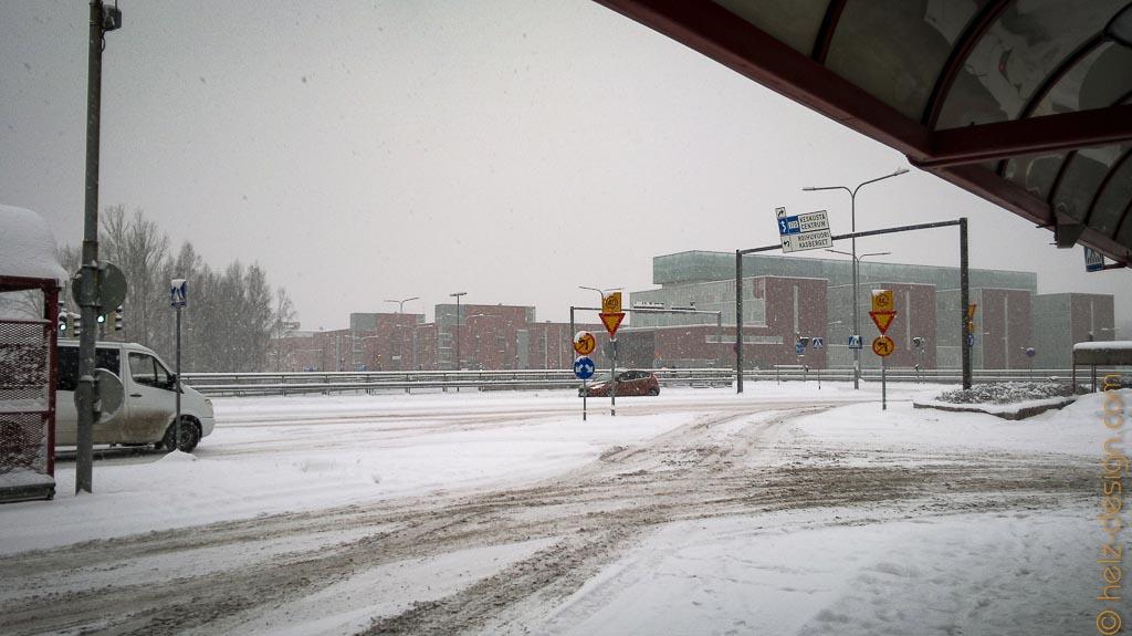 Es  schneit weiter