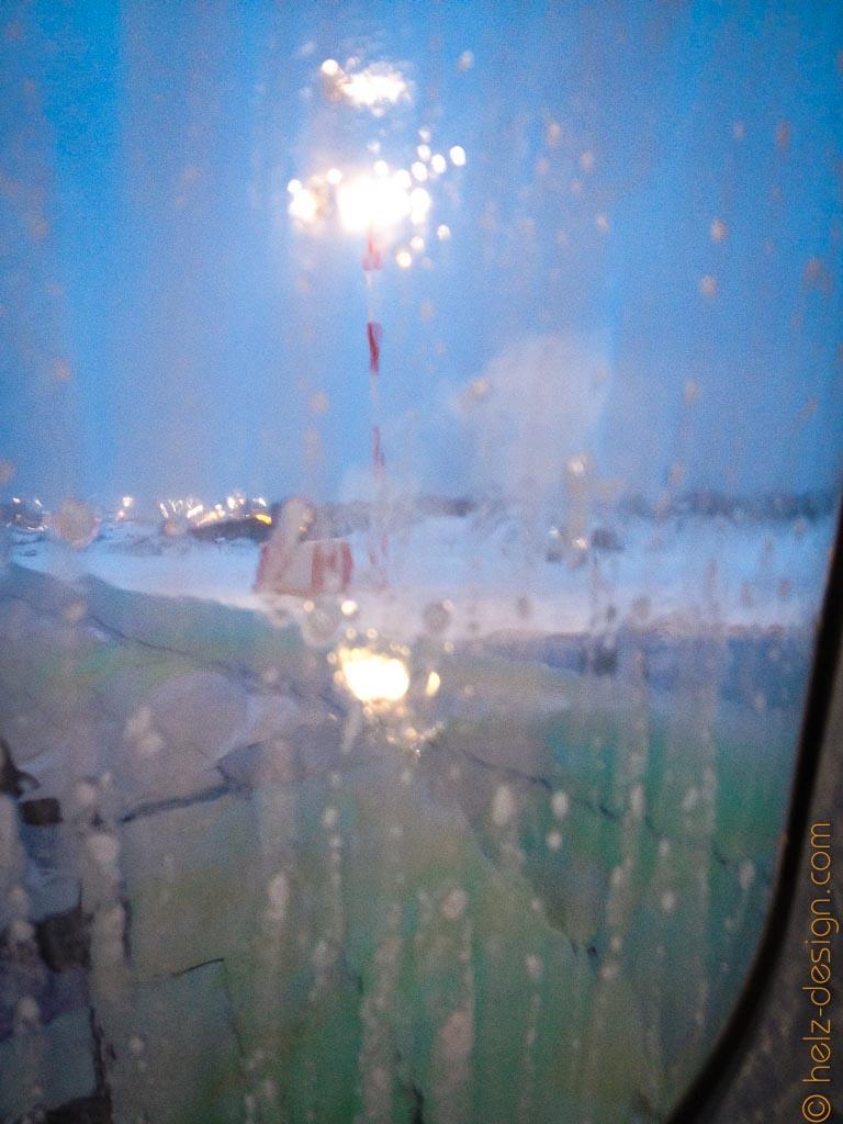 Der Schmader am Fenster kommt vom Enteisen