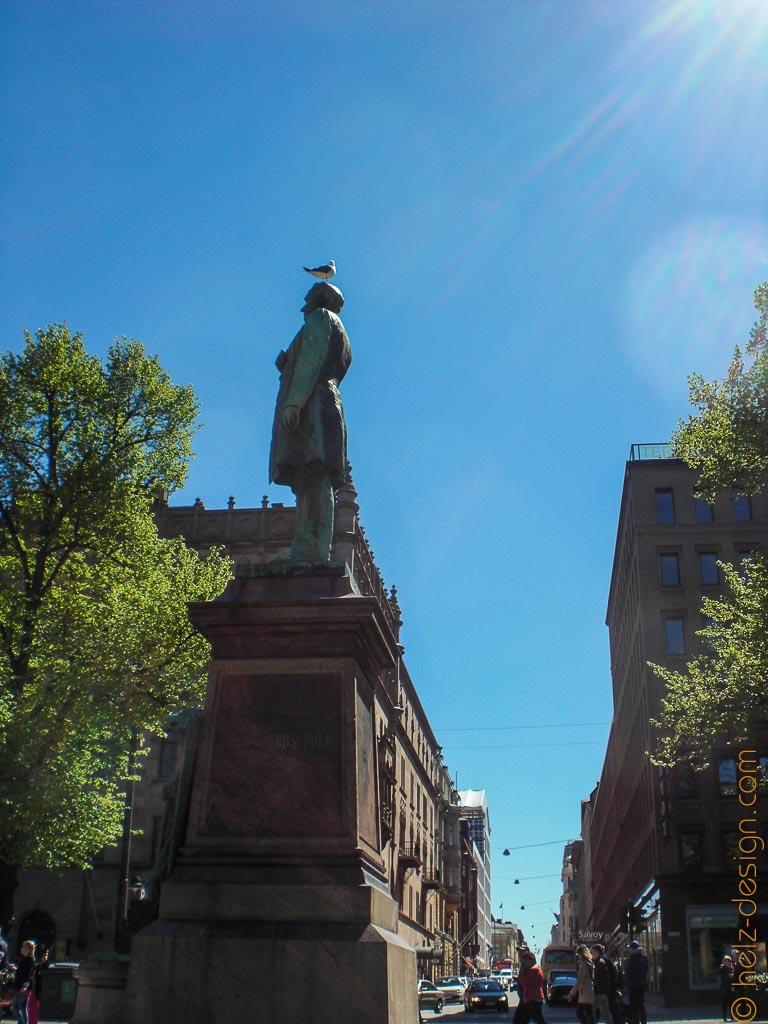 Johan Ludvig Runeberg mit Kopfschmuck