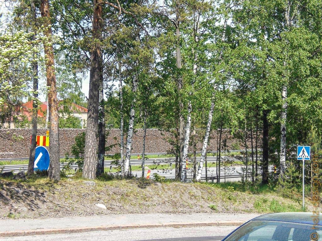 Da unten ist die Autobahn nach Lahti