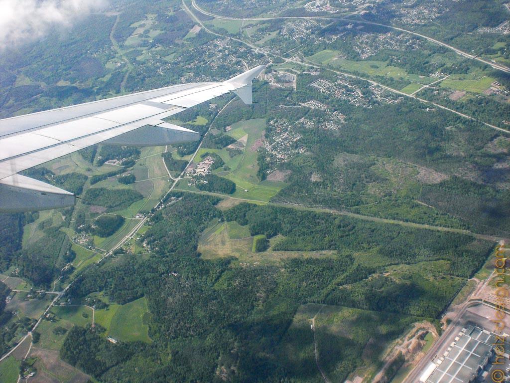 Vantaa von oben mit ein bißchen Flughafen