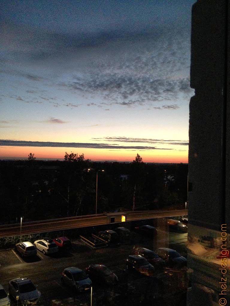 Das glitzern im Hintergrund ist Vantaa, und das ist die Zeit jetzt bei Sonnenaufgang