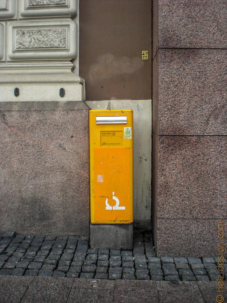 Postilaatikko – Briefkasten an der Mannerheimintie