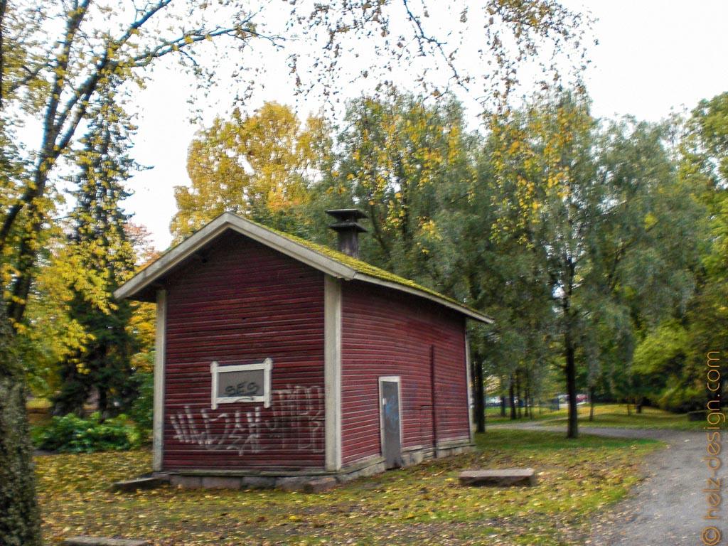 Holzhütte in Salo