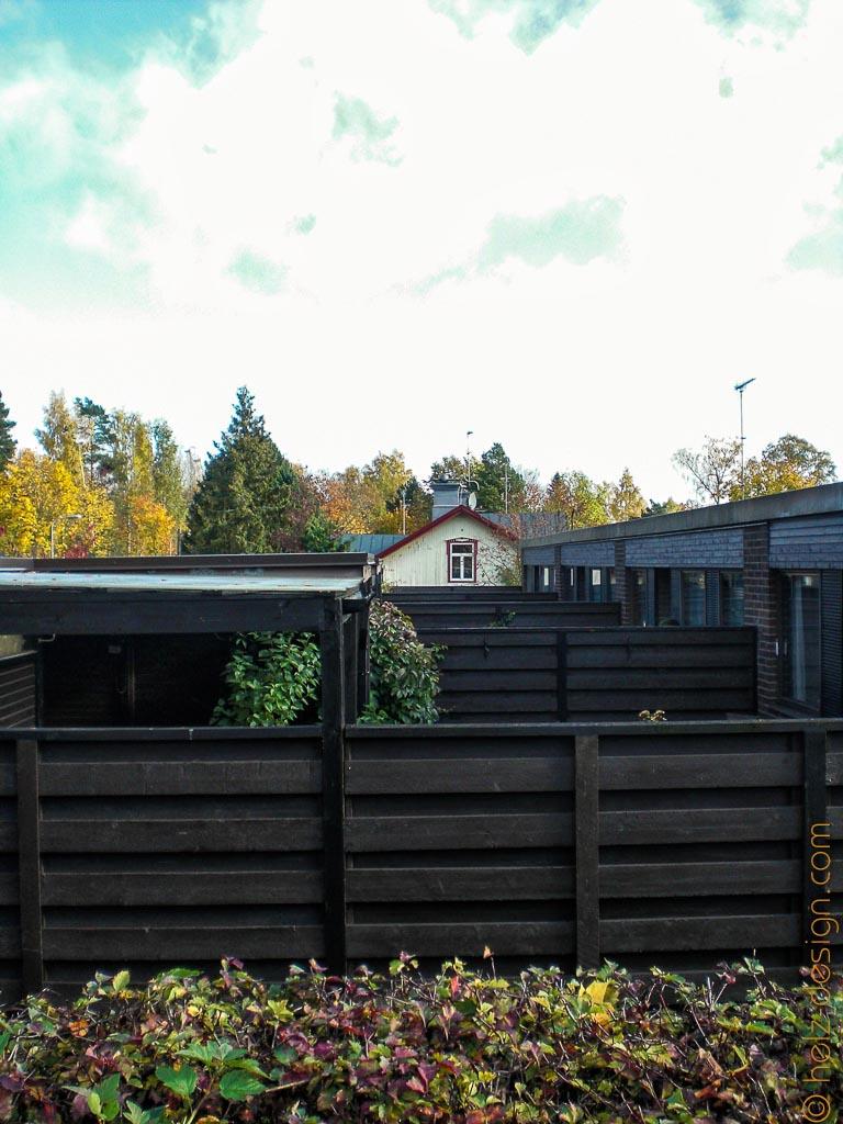 Moderne Häuser an der Mikkolantie