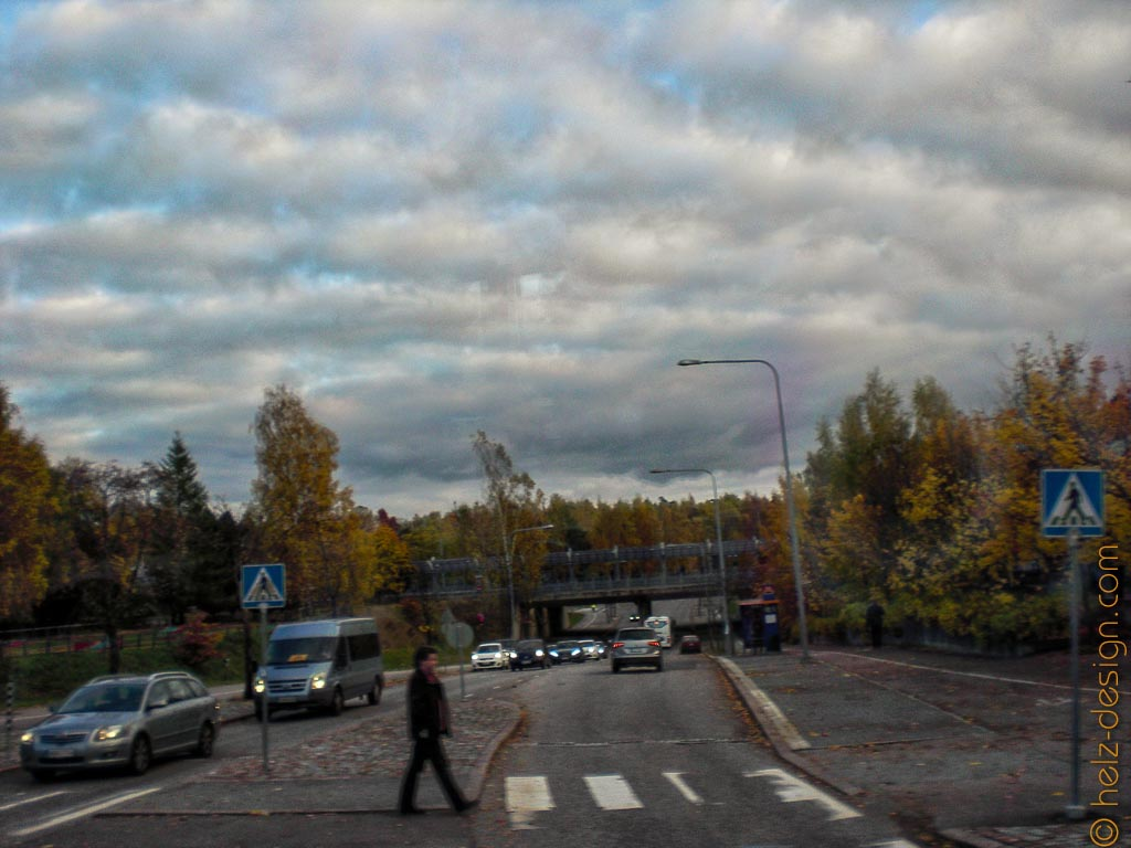 Blick in die Oulunkyläntie zum Oulunkylänasema
