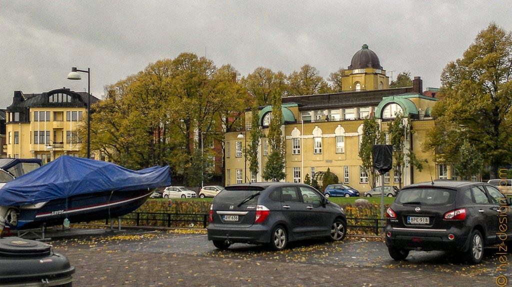 Boot- und Autoparkplatz