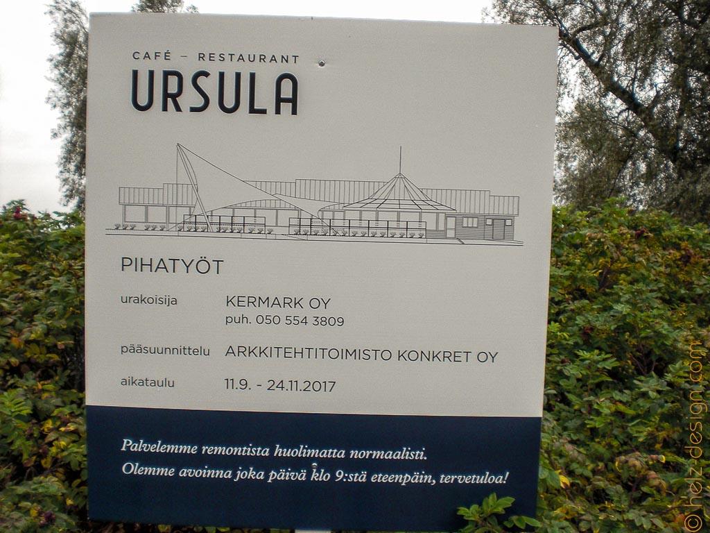 Am Cafe Ursula wird eien neue Terasse gebaut, im November war sie dann fertig.