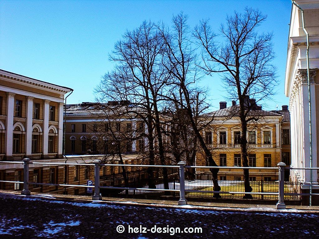 r: Kansalliskirjasto / finnische Nationalbibliothek – l: yliopisto / Universität