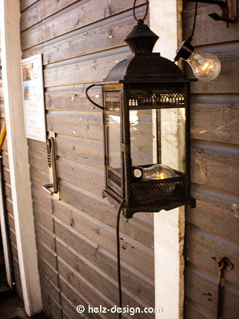 Lampe an der Tür