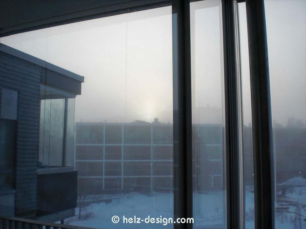 Da drückt sich die Sonne durch den Nebel