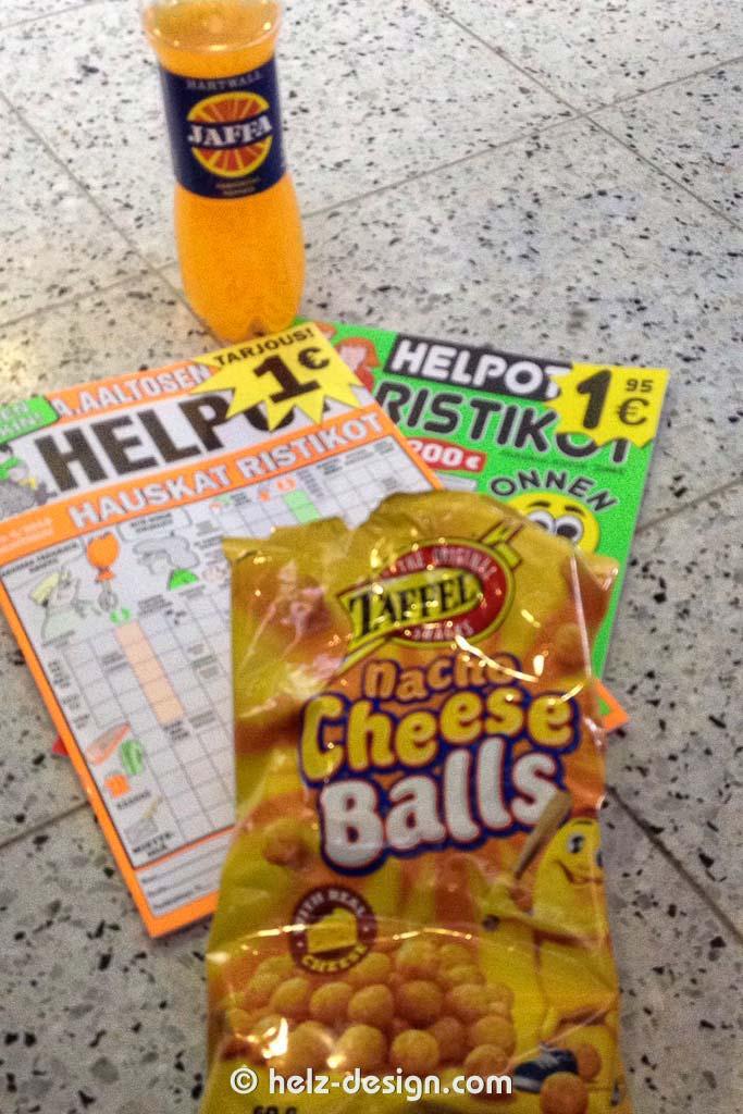 Einkäufe: Jaffa Limonade, 2 einfache Rätselhefte und CheeseBalls