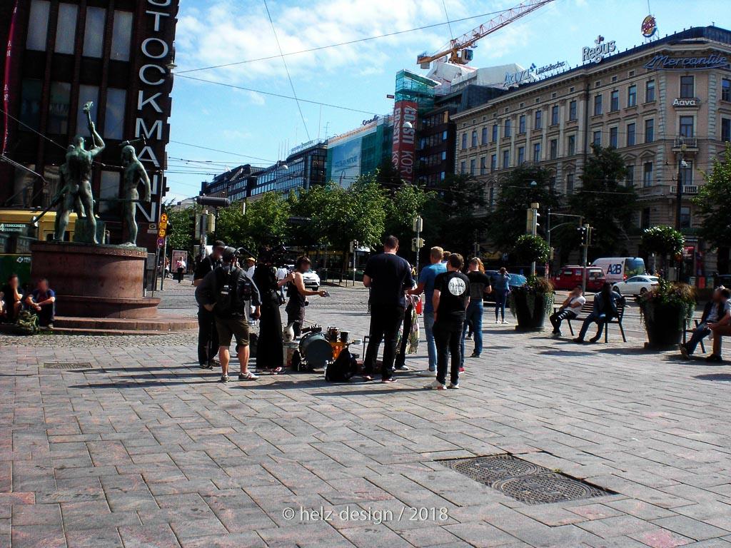 Filmcrew bei den kolme Seppää