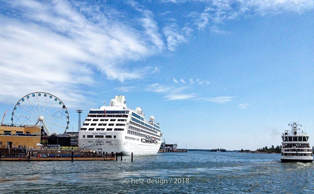 Pacific Prinsess und Suomenlinnafähre
