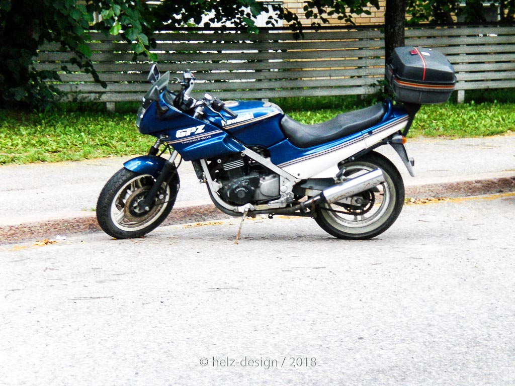 Motorrad an der Louhikkokuja
