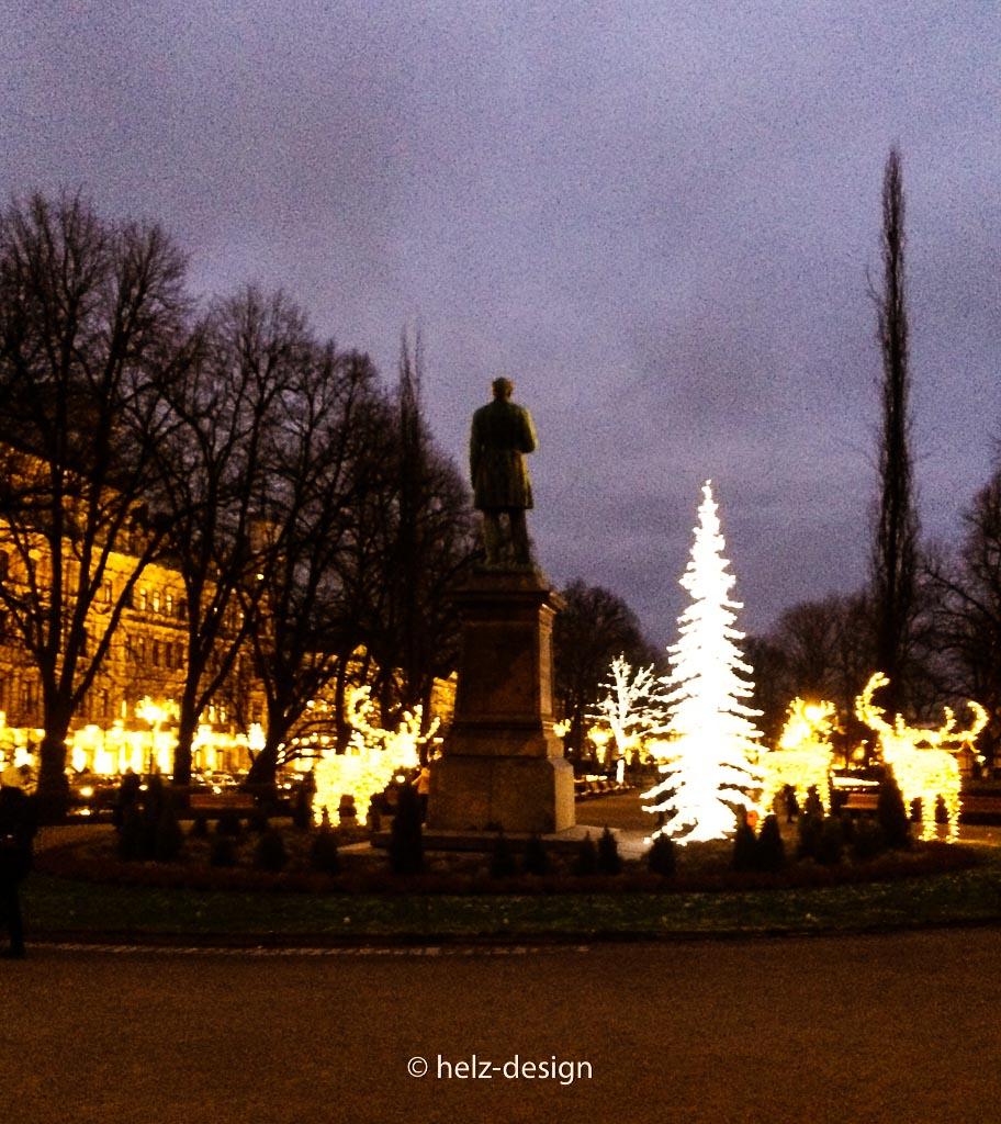 Runeberg mit Rentieren