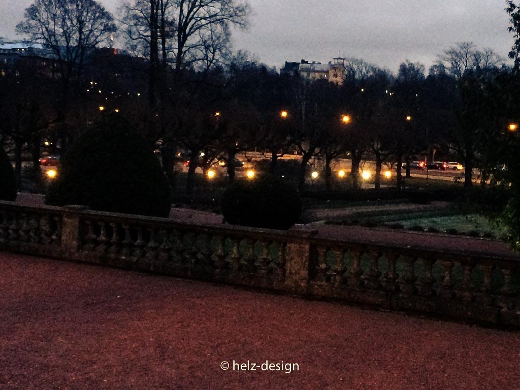 der Garten vor dem Wintergarten