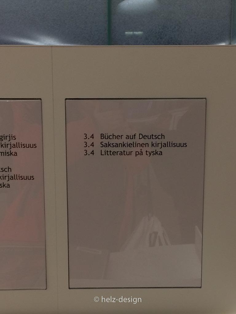 2 Regalteile deutsche Bücher