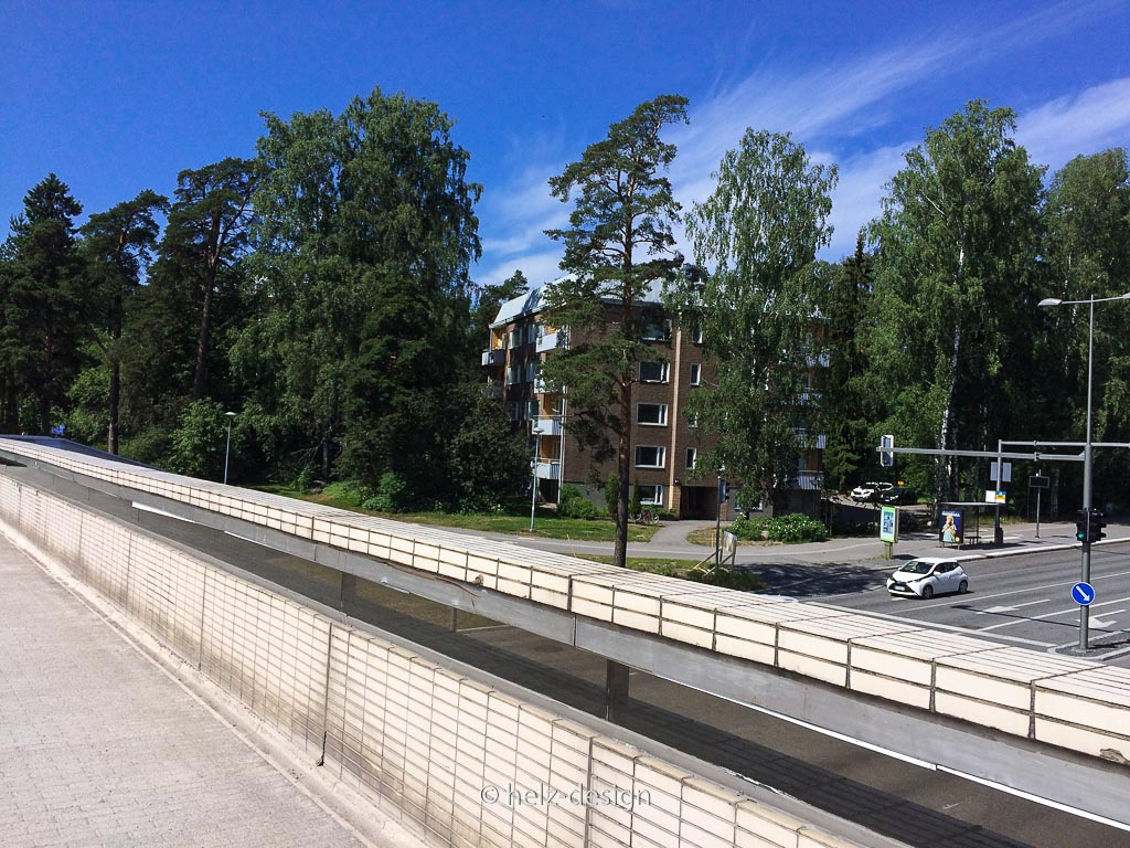 Tapiola Brücke über die Pohjantie