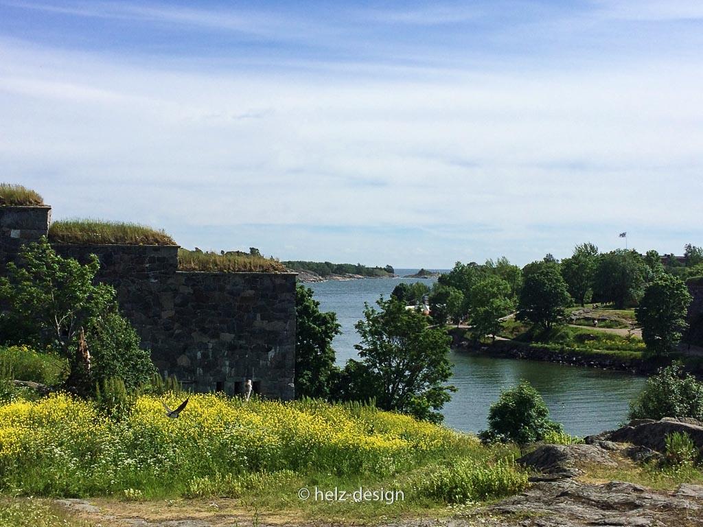 Links Festung Rechts Wasser