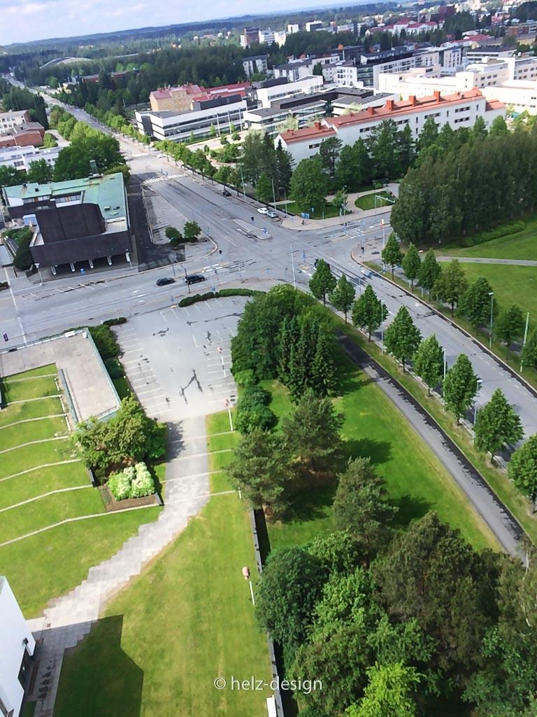 Rathaus – Lyzeum und der Kirchplatz