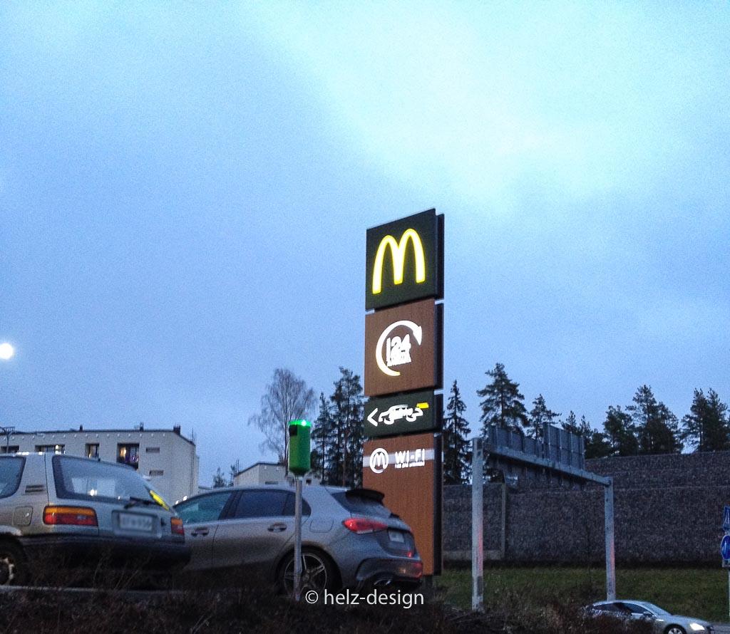 Das goldene M in Kivikko