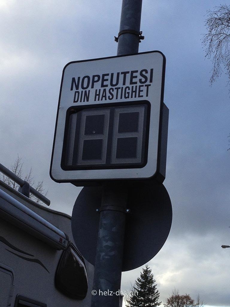 Pohjolantie: Wie schnell war ich? Nopeutesi –Din Hastighet – deine Geschwindigkeit